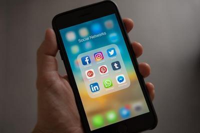 socialtips.jpg